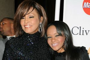 WHITNEY-HOUSTON-BOBBI-KRISTINA-