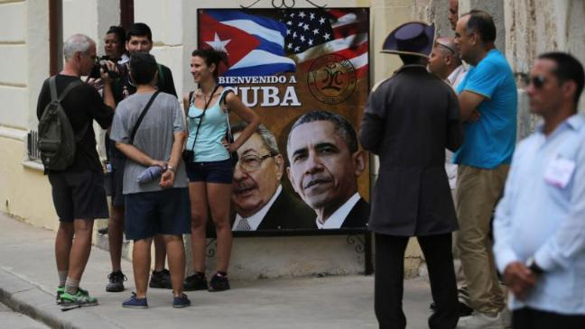 barack-obama-arrives-in-cuba-in-first-visit-by-us-president-for-almost-90-years-136404730638703901-160320204005